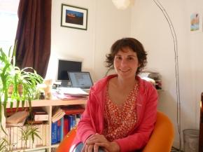 Irina : de Bucarest à Paris, portrait d'une portraitisteatypique