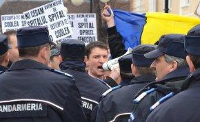 Rencontre avec Erwin Albu : «Je ne peux pas accepter l'idée que la résignation soit une caractéristique du peuple roumain»