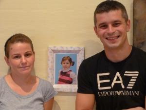 La petite Iris, 5 ans, rejoindra bientôt ses parents en France