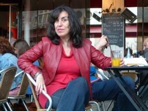 """En 2009, Saviana a créé l'Association des artistes et étudiants étrangers à New York (IASNY) et organise tous les ans l'événement """"New York with an accent"""""""